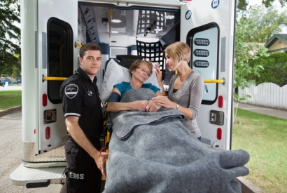 How to Keep Senior Patients Comfortable During EMS Transport